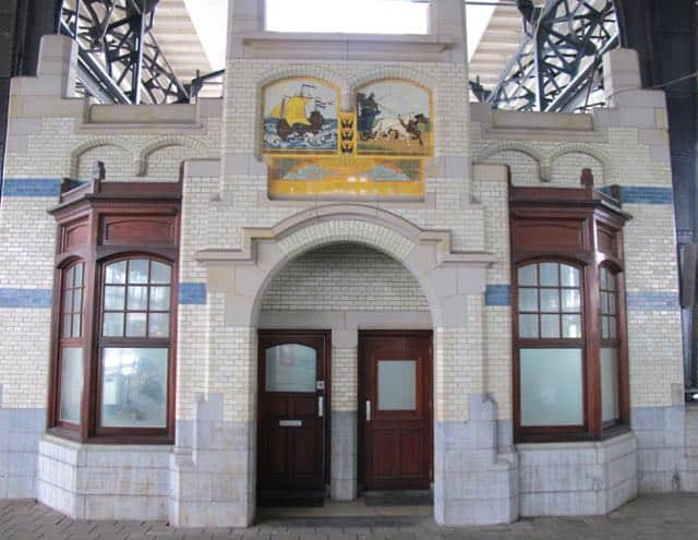 Art Nouveau at Haarlem's train station