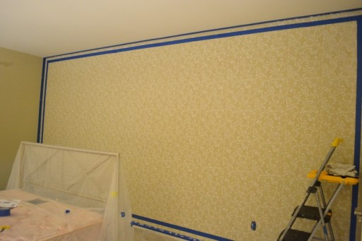 how to stencil an allover wall pattern, how to end a stencil pattern
