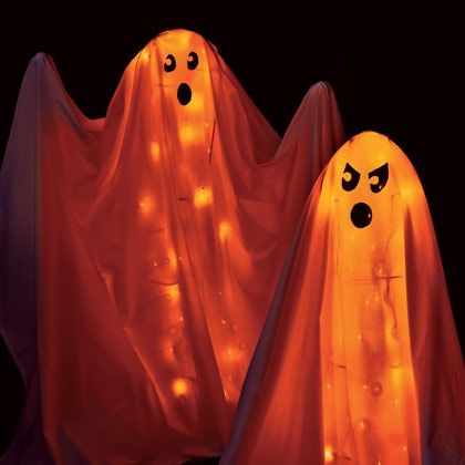 tomato cage ghosts, last minute Halloween Decorations