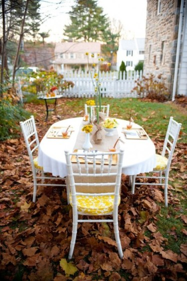 Billy balls, rustic Thanksgiving Table, Simple Thanksgiving Table Decorations