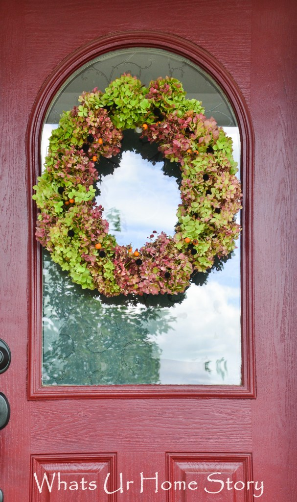 Make this Hydrangea wreath with dried hydrangeas and seed pods from your yard