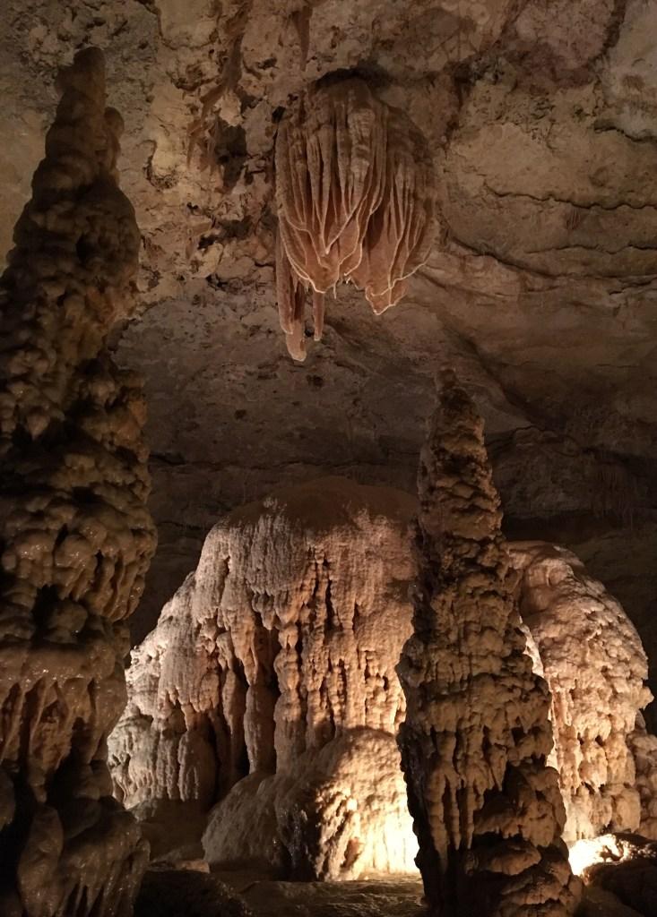 Natural Bridge Cavern -cavern curtains