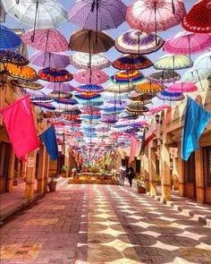 """Golestan baazar"", Daneshgah St., Mashhad, Iran (Persian: مشهد خیابان دانشگاه بازار گلستان) Photo by aani.parisaa"