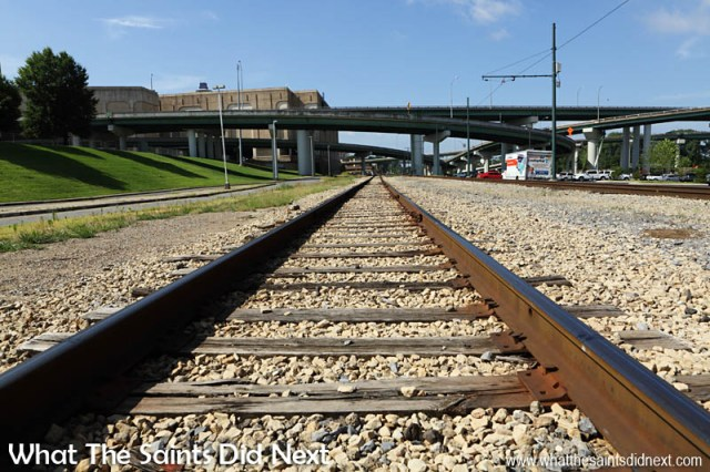 Didn't expect to be crossing railway tracks! The Pyramid in Memphis Tennessee And City Sightseeing on Foot - Part 1