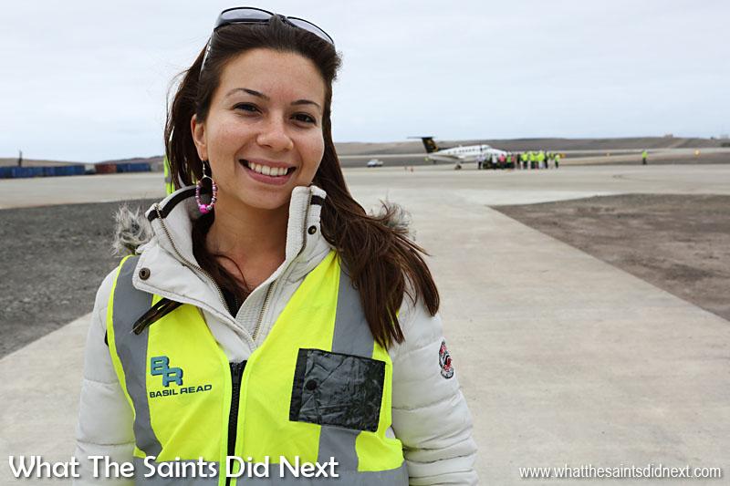 Miss St Helena, Sinead Green, faisait partie du Comité d'accueil pour accueillir l'équipage.