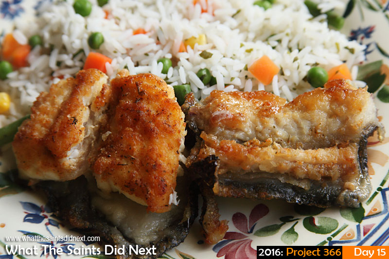 'Fresh'<br /> 15 Jan 2016, 13:08 - 1/60, f/8, ISO-200<br /> Fried conger and rice