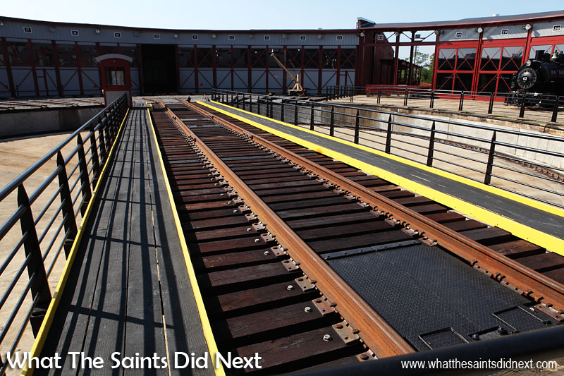 The Steamtown museum is built around a working turntable station and a railroad roundhouse which are largely replications of the original Scranton facilities. It has a 90 foot track in the middle.