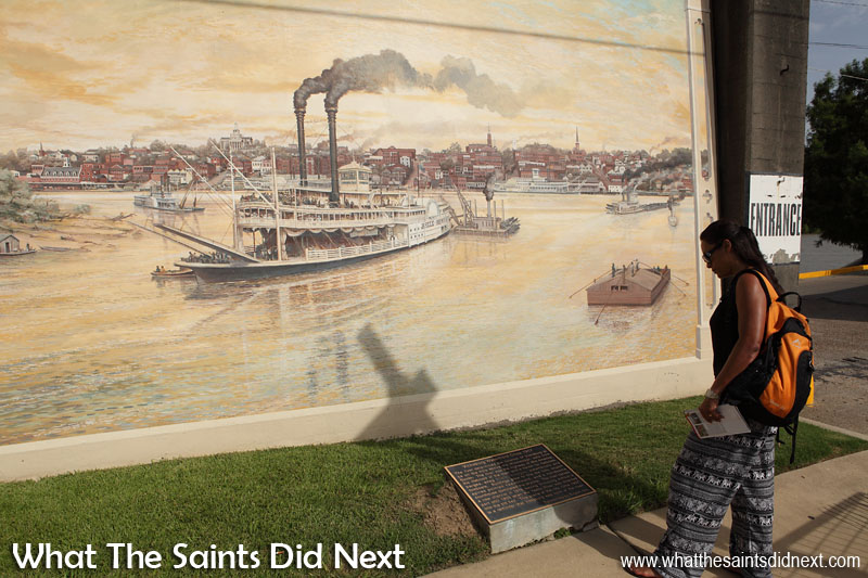 The Riverfront Murals programme in Vicksburg, Mississippi, was undertaken by a team of artists, led by Robert Dafford, from Louisiana. The project took seven years and was completed in 2009. Each of the murals include information plaques describing the picture stories of life up and down the river. International Artist Day 2016.