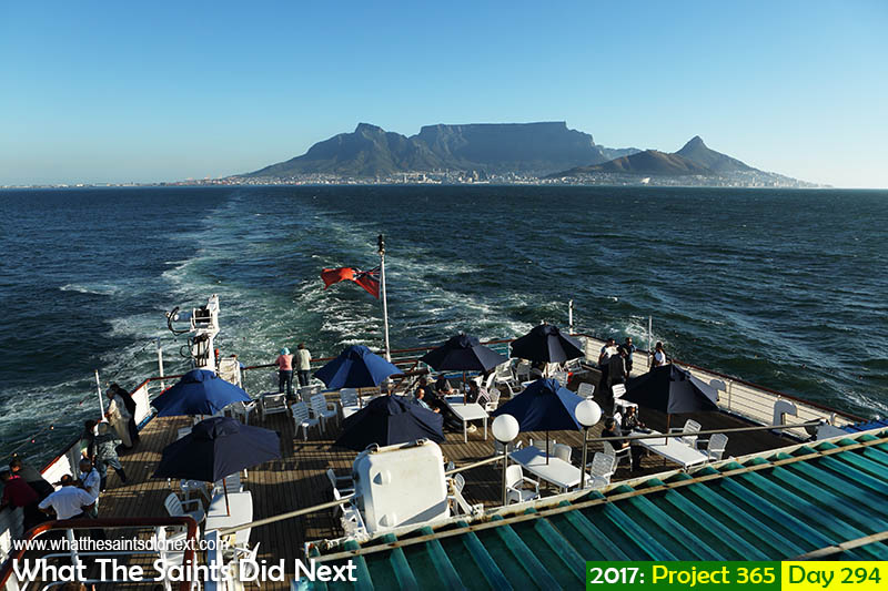 'Goodwill gesture'<br /> 21 October 2017, 17:37 - 1/640, f8, ISO-200<br /> View from the RMS deck leaving Cape Town, South Africa.