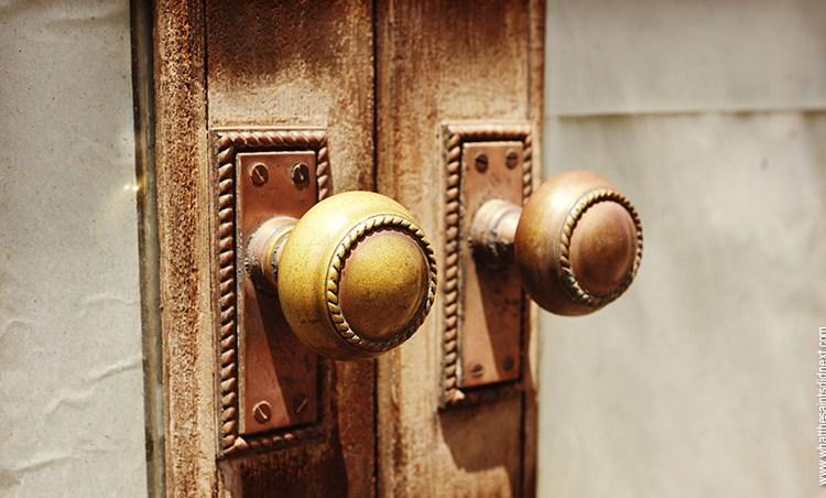 Knockers, Knobs & Keyholes – Door Photography in Jamestown, St Helena