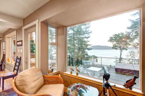 Waterfront home in Sooke, BC