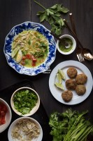 How to make Soto Ayam Medan (Chicken Soup in Coconut Milk). Delicious easy one pot