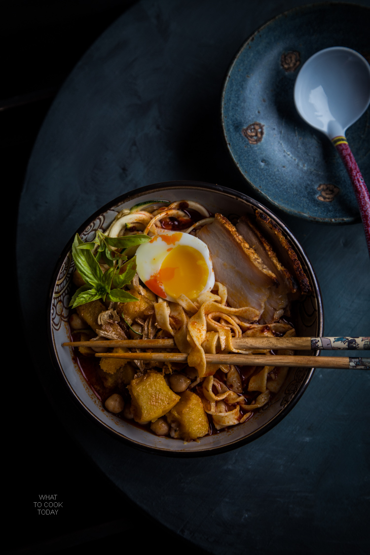 Spicy pumpkin noodles soup #virtualpumpkinparty #foodstyling