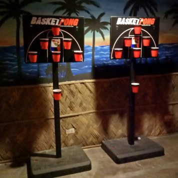 Play BasketPong