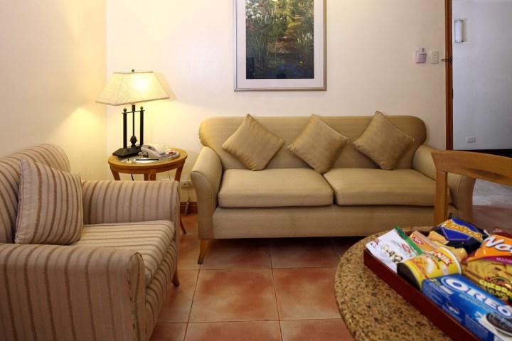 Bedroom Suite_Living Room