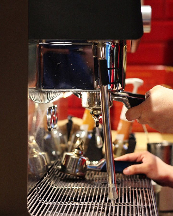The Travelling Tongue - Coffee Machine Tim Hortons