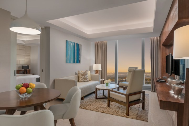 7 - RHI SUITE ROOM, Living & Dining 1