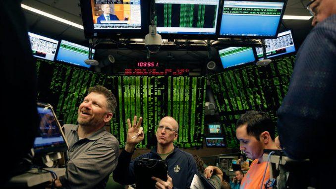 Первые в истории торги фьючерсами на биткоин впечатлили ростом котировок