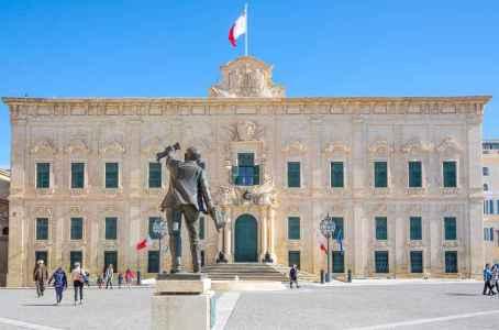 Премьер Мальты: Блокчейн сделает криптовалюты неизбежным будущим денег