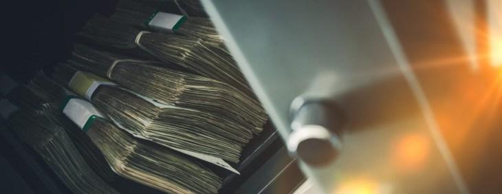 Биткоин за час потерял 6% на фоне новостей о потере биржей Bitfinex $850 млн.