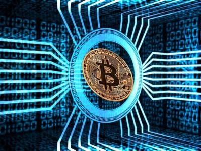 В чём состоит угроза биткоинов для правительственных финансовых систем