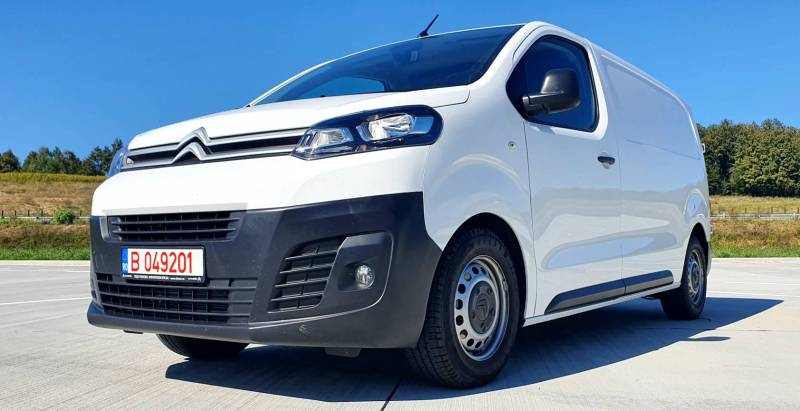 Test Drive in premiera cu noul Citroen Jumpy facelift 2020! Jumpy 1.5 BlueHDI 102 CP L2H1 Feel cutie manuala