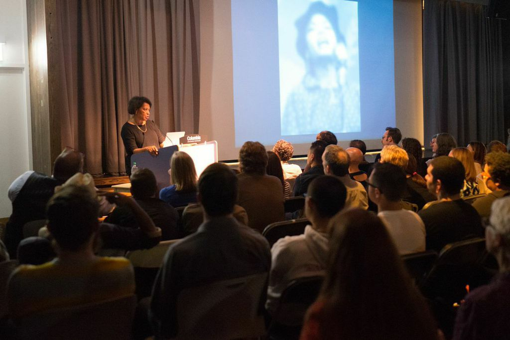Carrie Mae Weems, keynote speaker at Filter Photo Festival in 2014 (photo by Jeff Phillips).