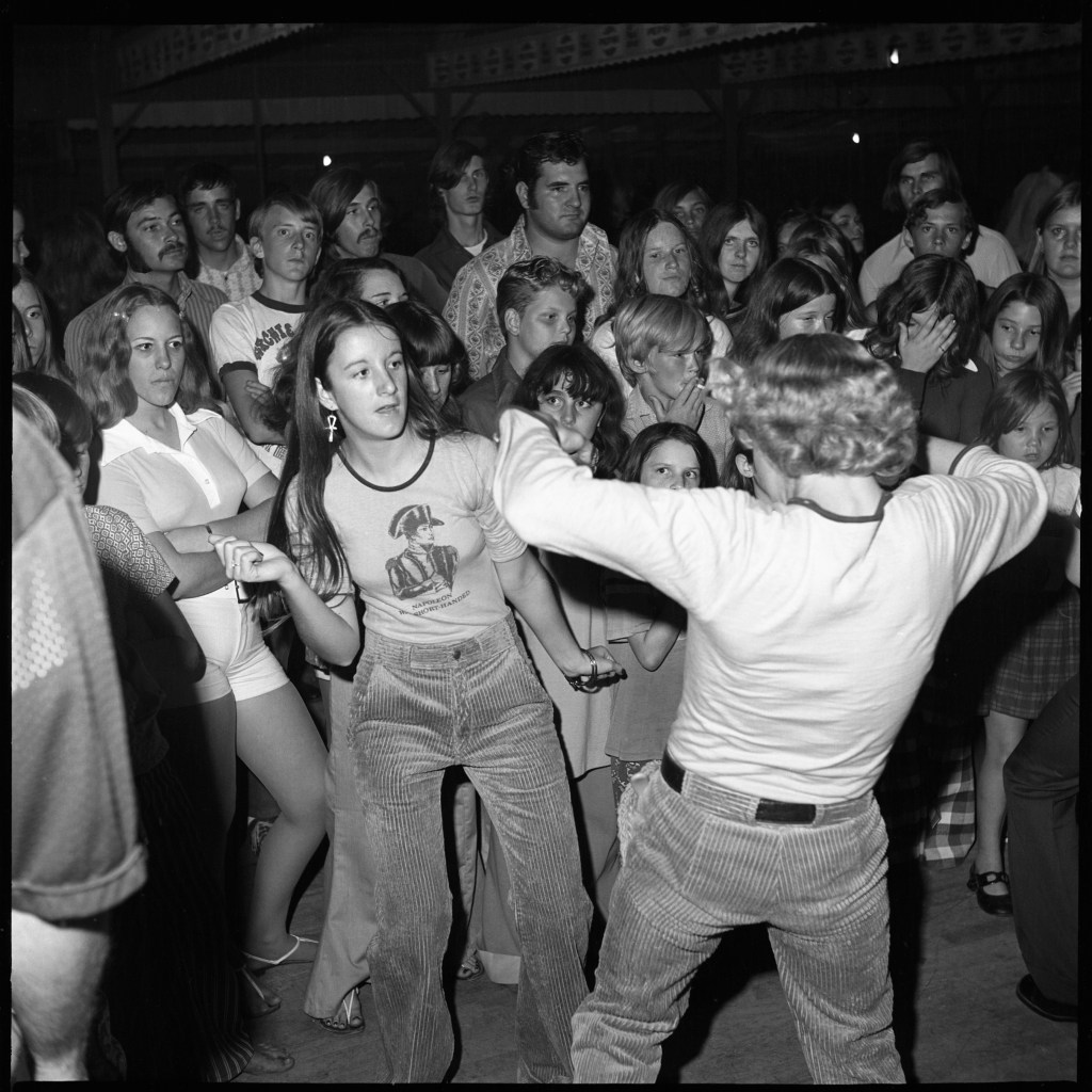 """""""Sweetheart Series, Untitled. (Dance Party Image 573), 1972-3"""" by Bill Yates (courtesy of the artist and Gallery Kayafas, Boston)"""