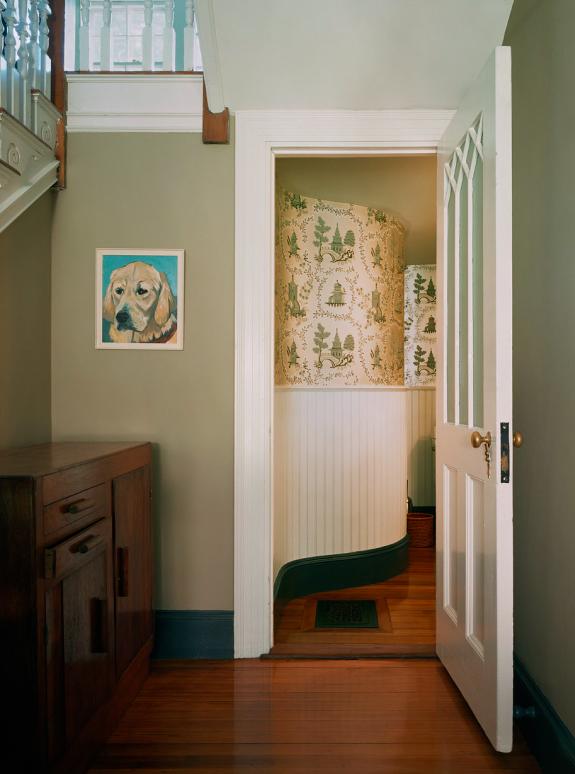 """Pepi, 2009"" by Sarah Malakoff (courtesy of the artist and Miller Yezerski Gallery, Boston)."