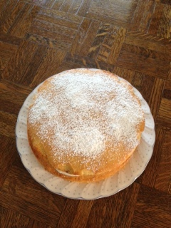 Victoria sponge-finished top