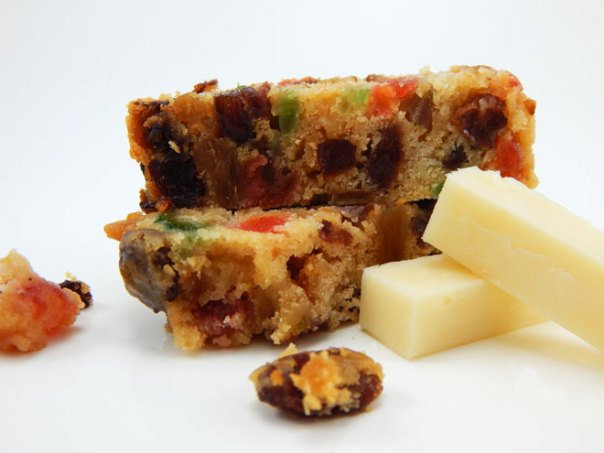 Pineapple fruitcake