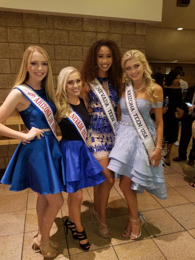 With other teen contestants