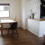 キッチンが寒い時の最強の対策とは?床と窓の寒さ対策決定版