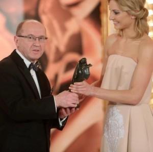 Профессор Хенрик Скаржиньски награжден статуэткой Виктора