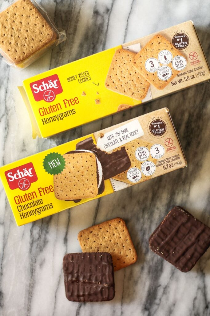 schar honey grams and schar chocolate honey grams, out of package to show size and texture