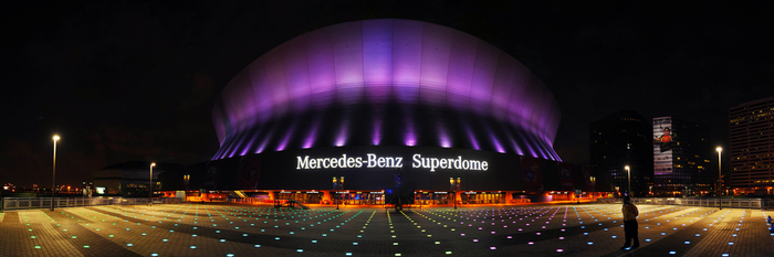New orleans wheelchair accessible travel guide for Hotels near the mercedes benz superdome