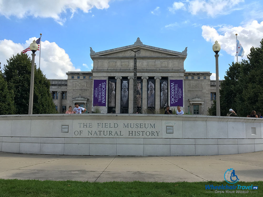 PHOTO: Field Museum of Natural History building in Chicago, Illinois.