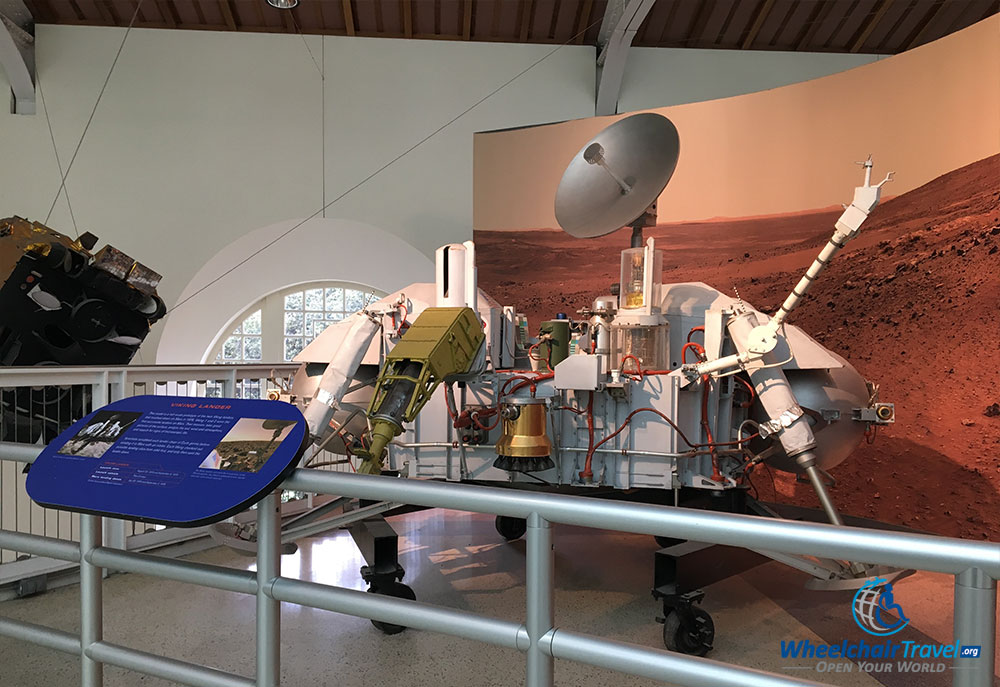 PHOTO: Viking Lander replica at the California Science Center.