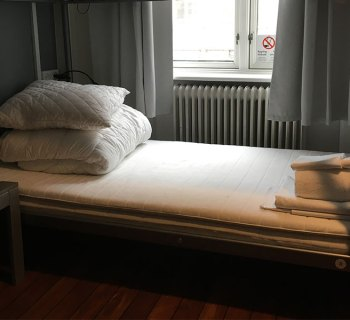 PHOTO: Wheelchair accessible bed at Urban House Hostel.
