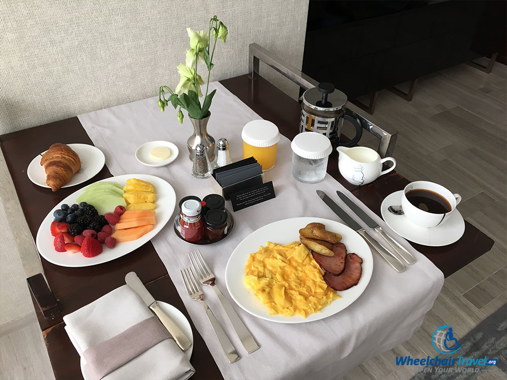 Room Service: Hotel Review: Park Hyatt New York