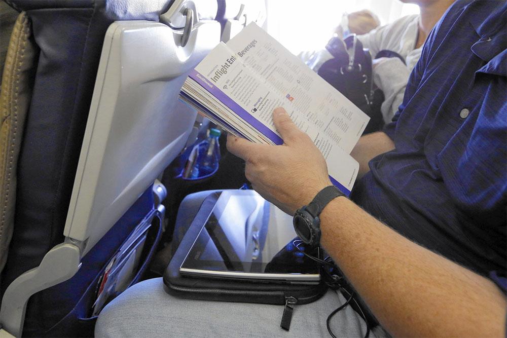 :legroom is shrinking in economy class. | Photo by Nuccio DiNuzzo / Chicago Tribune.
