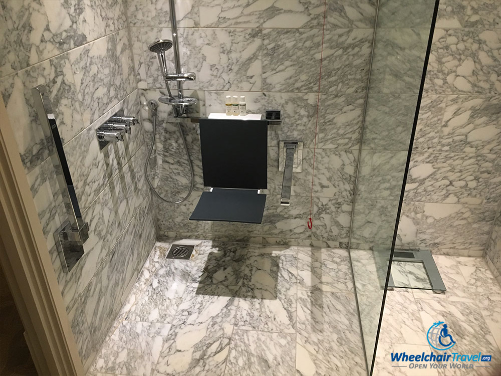Accessible roll-in shower at the St. Pancras Renaissance Hotel London.