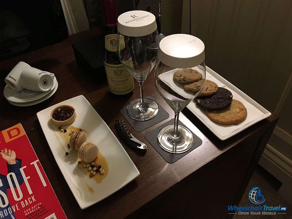 Platinum member welcome amenity at St. Pancras Renaissance Hotel London.