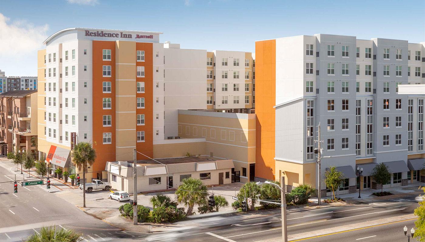 Residence Inn Orlando Downtown building exterior.