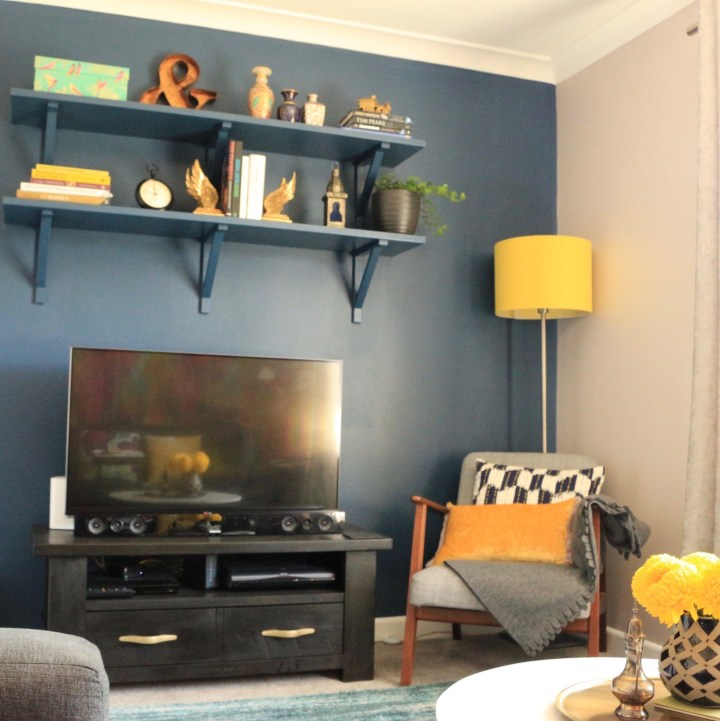 My TV Cabinet Makeover with Annie Sloan Chalk Paint