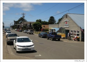 Downtown Manzanita...it packs in quite a bit!