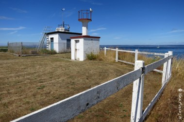 The very unassuming Marrowstone Point Lighthouse