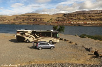 View of our site at the boondocking area. This was nice while it was calm, but filled with day-use windsurfers when the wind whipped up.