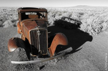 This buried car marks old Route 66 that passes thro' the park