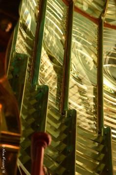 Internal Fresnel lens detail